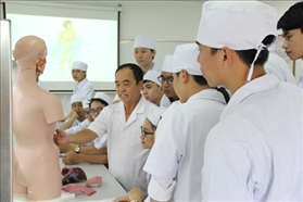 "Hanoi University of Business and Technology (HUBT): ""Medical training quality always put on the top"""
